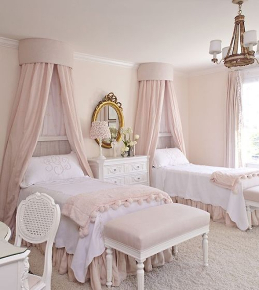 shabby-chic-pink-kids-bed